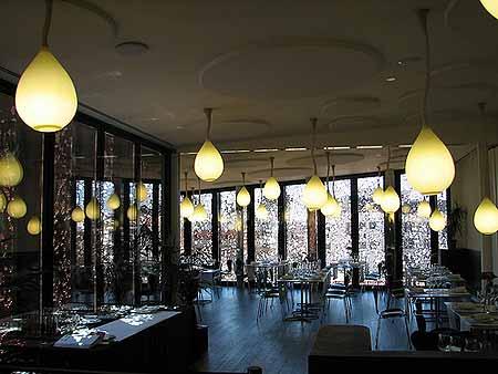Detalhe do restaurante do Caixa Fórum de Madri