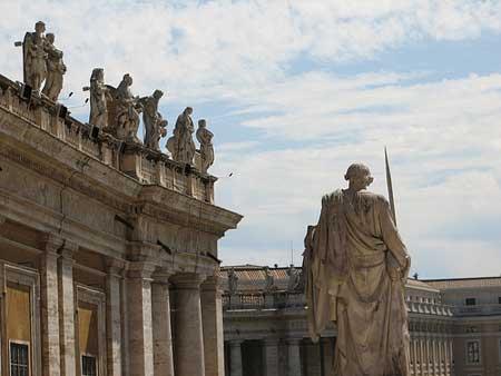 A Praça de São Pedro no Vaticano