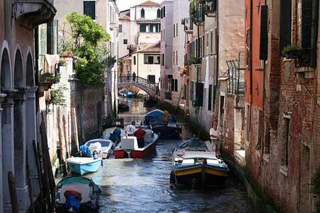 O congestionamento nos canais de Veneza
